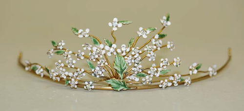 Tiara ca. 1910-1929 via The Costume Institute of The Metropolitan Museum of Art
