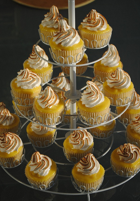 onlycupcakes:  Lemon meringue cupcakes by Mary Lou Bradley