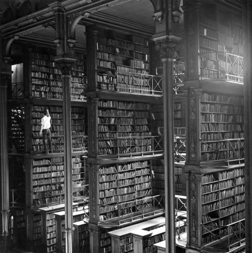darkmindbrightfuture:  Main Hall, Public Library of Cincinnati & Hamilton County