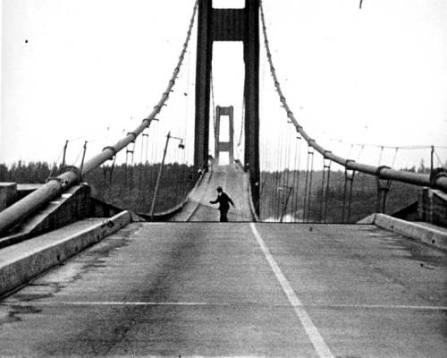 melisaki:  Howard Clifford running off the Tacoma Narrows Bridge during collapse, 7 Nov. 1940 via: UW Digital Collection