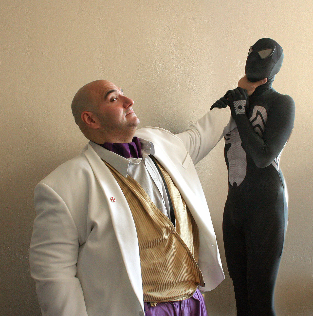 Kingpin and Spider-man cosplay