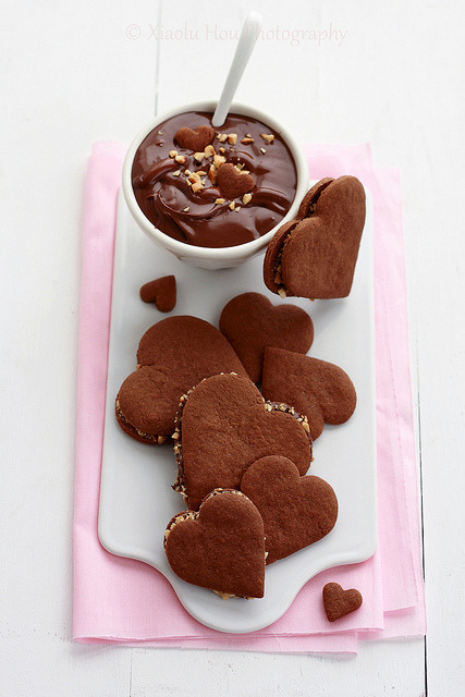 Must bake immediately! Perfect present for a Nutella lover on Valentine's Day.