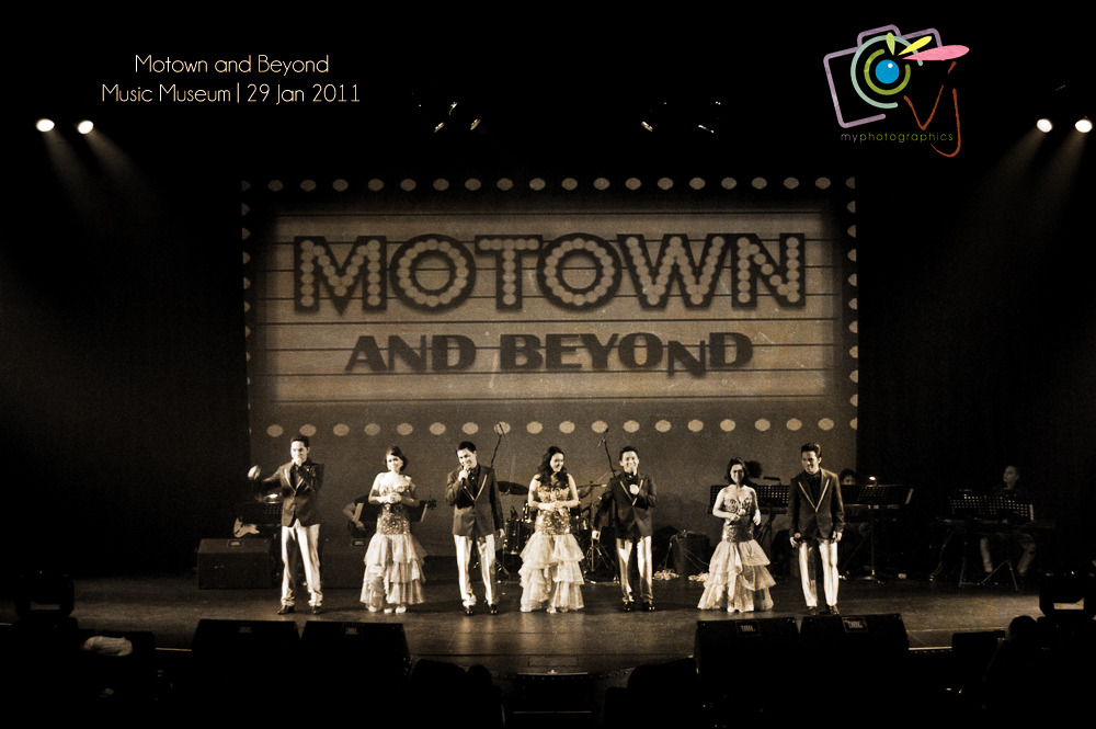 The Ryan Cayabyab Singers'MOTOWN AND BEYOND!January 28, 2011; Friday8:30 pm | Music Museum Here's a photo teaser from VerJube Photographics, an event to remember because its our first time to see Mr. Cayabyab not playing on stage but mentoring his great vocal group named The Ryan Cayabyab Singers. The Classic Motown sound was the theme of the show and I admire these singers because they made justice to these classic hits. I'm a big fan of Motown sound, Jackson 5, Stevie Wonder, DeBarge, Boys II Men to name a few. It's an awesome show!