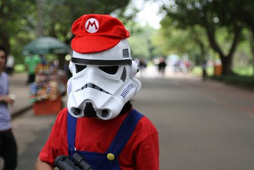agentmlovestacos:  Nice disguise, Stormtrooper.