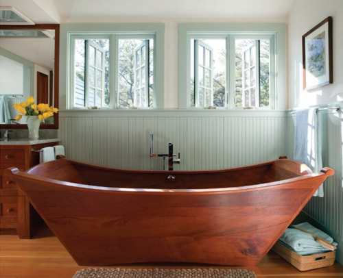 dailystendhalnitesaudade:  whoa  That tub is awesome!