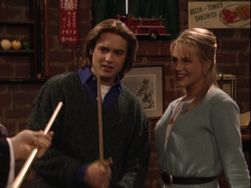 Most people know Julie Benz as Rita Morgan (nee Bennett) from Dexter or as the vampire Darla from Buffy and Angel, but did you know that in 1996, Julie Benz went on a date with Eric Matthews in Boy Meets World?