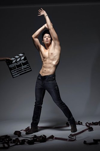 "ayameg143:  swarovskitea:  Vaness Wu models for Earl Jean.  shocks"","