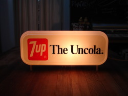 "Vintage ""7UP THE Uncola"" Lightup Sign @FeedingBirds"