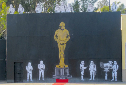 laughingsquid:  Banksy Prepares for the Oscars   Apparently actually done by Mr. Brainwash. (his signature is down at the bottom right of the statue)