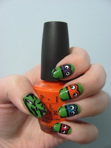 kaylashevonne:  Teenage Mutant Ninja Turtles (Follow my blog for more nail art!)