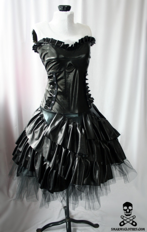 This is my newest design: the black metallic ruffle Nightshade gown.