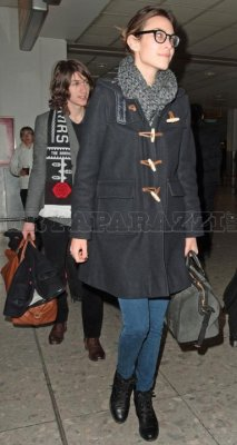 coat: orla kiely scarf: louis vuitton jeans: topshop boots: chanel bag: louis vuitton x sofia coppola