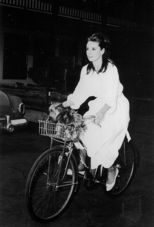 "Audrey Hepburn on the set of ""Breakfast at Tiffany's"" 1961"