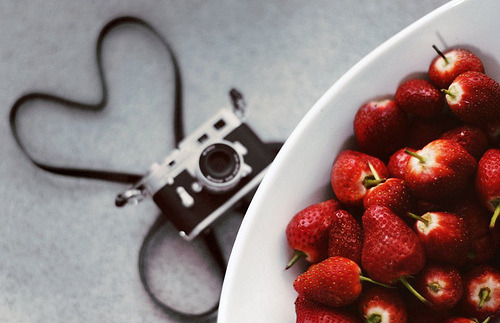 How to know when your camera has a crush on something sweet. (Photo by M.LQtr on Flickr)