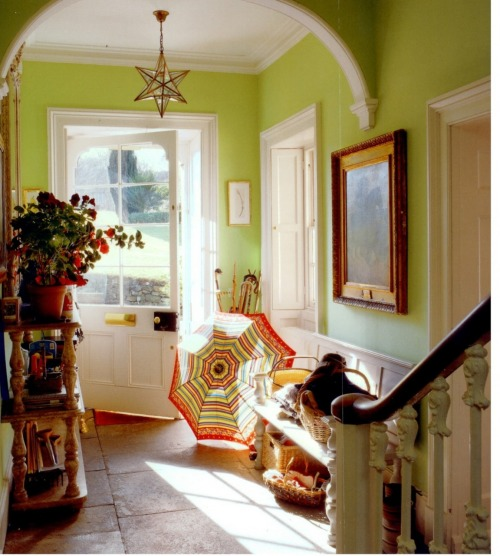 jellysundae:  What a lovely welcoming space. Great to see some fresh colour on the walls too, instead of those boring safe neutrals that so many people go for.   I love the apple green walls and the bookshelf.