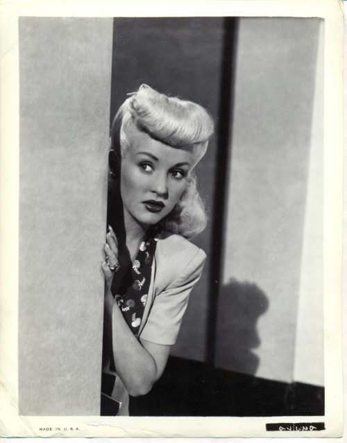 "Betty Grable in ""Pin Up Girl"" 1944"