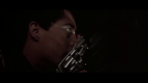 Jeffrey in the closet with a gun. A bit like James about to shoot at Pyramid Head in Silent Hill 2, no? Blue Velvet (1986) Written and directed by David Lynch, starring Kyle Maclachlan, Isabella Rossellini, Dennis Hopper, and Laura Dern.