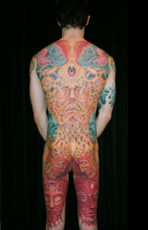 "psychonauttt:  a truly BREATHTAKING tattoo of a collaboration of a few of Alex Greys greatest pieces of artwork, including ""oversoul"", ""one"", a slightly different 're-make' of ""interbeing"", and atleast one or two more pieces of art by Grey i cant name off the top of my head. this really is probably the BEST tattoos ive seen in my entire life. its great to think that theres atleast one tattoo artist out there with the skills to replicate such amazing and detailed artwork such as Greys on the human body, and even be able to put his own spins on each piece to tie them all in together. and he did it WELL, to say the least. gives me great hopes that ill one day be able to find a tattoo artist great enough to do my ""wonder- zena gazing at the moon"" half sleeve that ive always wanted :3 <3"