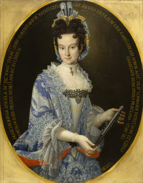 aleyma:  Portrait of the Marchioness Angela Maria Lombardi, made in Italy, 1710 (source).