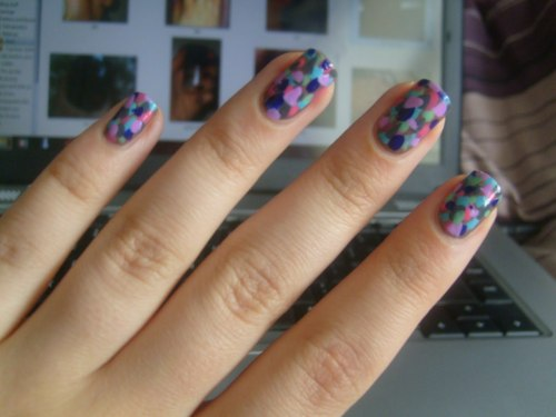 Monet-inspired nails.  Via.