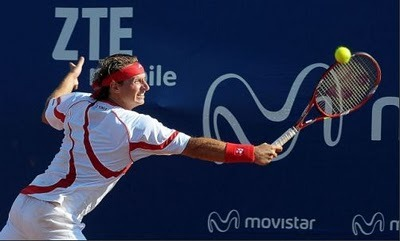David Nalbandian at the Australian Open. More on his look at http://www.TennisIdentity.com What do you think of this outfit?