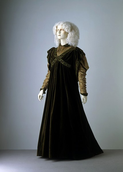 Dress ca. 1894 via The Victoria & Albert Museum