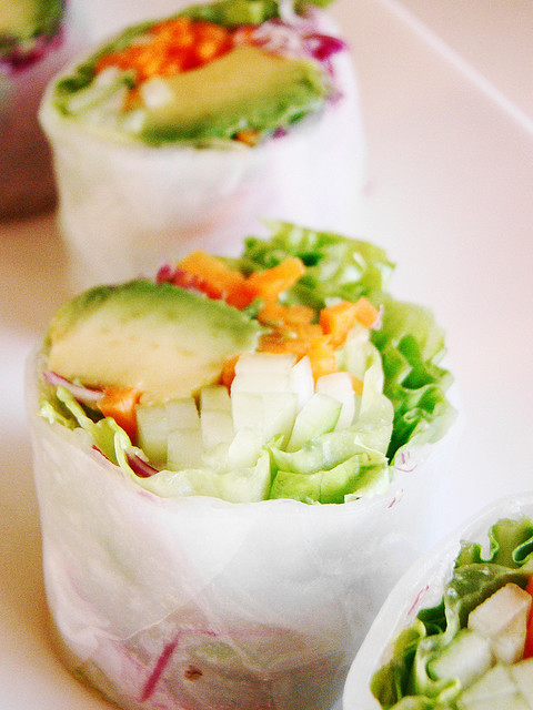 allyou-caneat:  Vegan California Roll in Rice Paper (by norwichnuts)