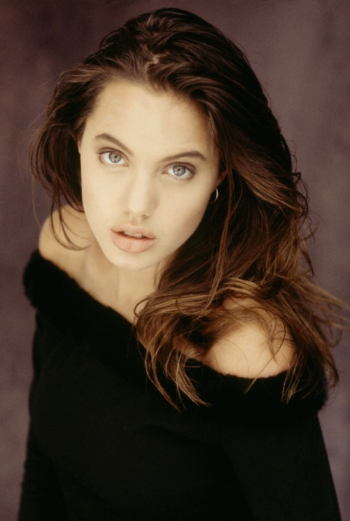 suicideblonde:  Angelina Jolie at 16