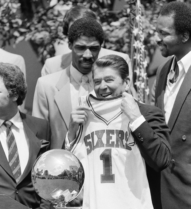 Throwback Photo of the Day: Ronald Reagan with the 1983 NBA Champs Philadelphia 76ers (Dr. J and Moses Malone in the background)
