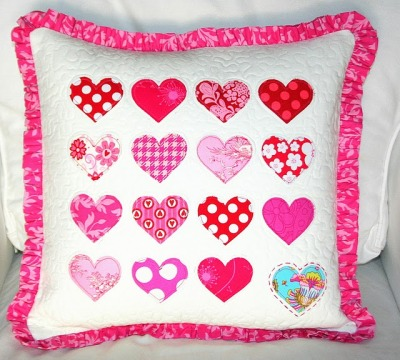 What a cute Valentine's Day pillow!  ~  Craft Sew Create: Quilted Valentine Hearts Pillow Tutorial