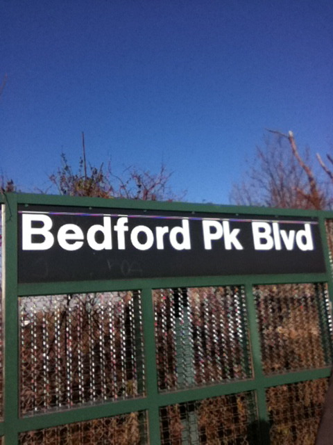 nycsubwaystations:  Bedford Park Blvd.-Lehman College 4 Train. Bronx.
