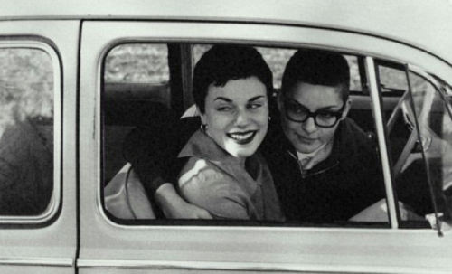 switchteams:  1950s lesbian couple