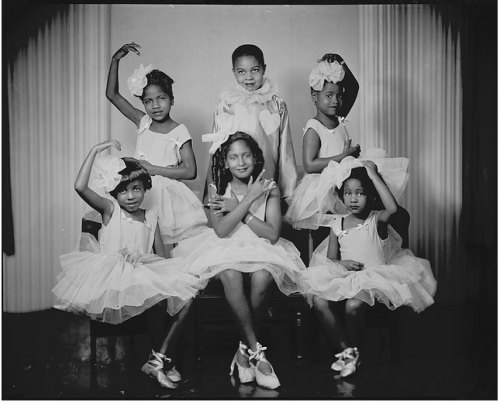afro-art-chick:  Doris Patterson's dance class, Washington D.C. circa 1947-1948. Addison Scurlock Studios, National Museum Of American History. Vintage African American photography courtesy of Black History Album.