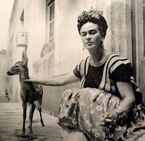 retrogasm:  Frida Kahlo deer whisperer…