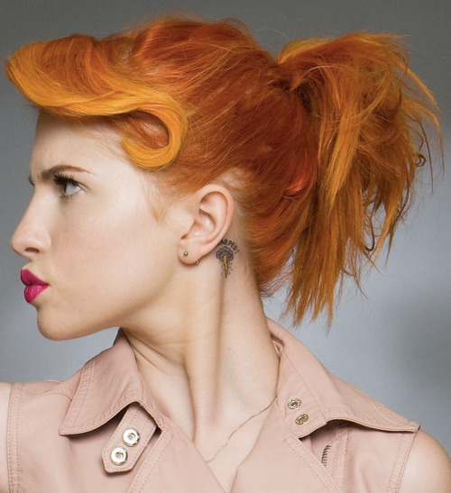 Hayley Williams is fierce as FUCK.