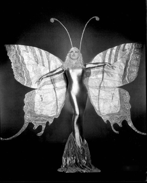 mothgirlwings:  Mae West c. 1930s