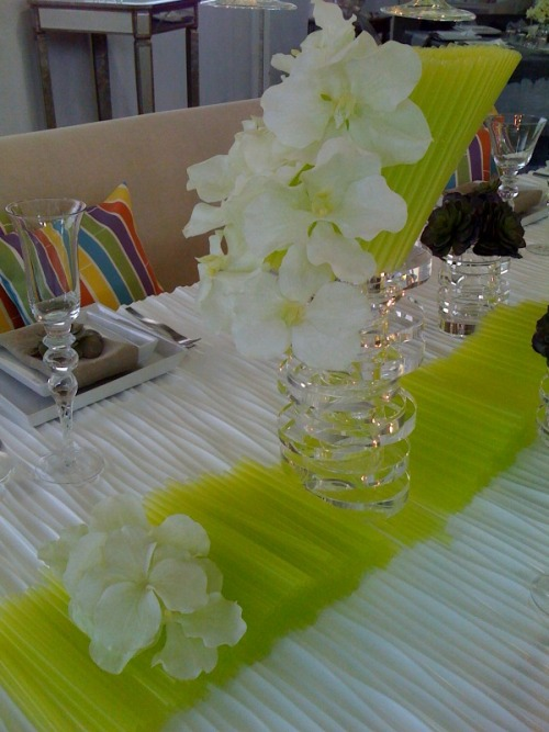Table decor created from green drinking straws (by Nuage Designs)