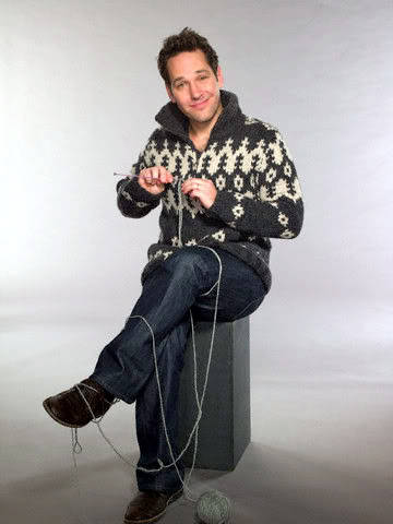 suicideblonde:  Paul Rudd's knitting you a sweater for Valentine's Day  if only…
