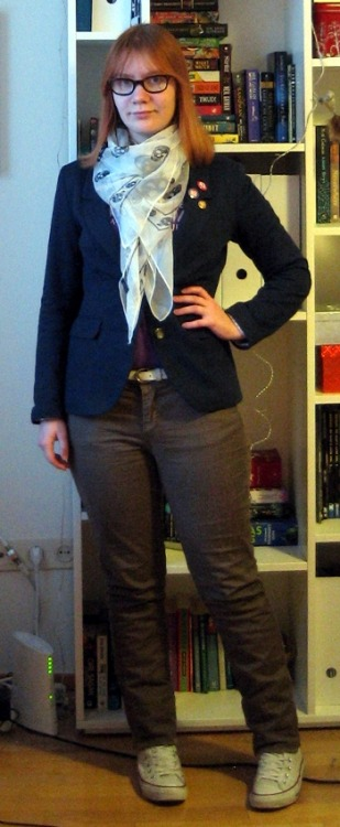 Scarf: Alexander McQueen, via eBay Blazer: H&M Shirt: Threadless Badges: (top to bottom) Espoo Museum of Modern Art, c/o Geek Calendar, thriftedBelt: KappAhl Jeans: Lindex Shoes: Converse, from an outlet in Las Vegas 30 for 30: 3 This is a prime example of my uniform: graphic tee, blazer, jeans, Cons. It's probably a little sad that tucking in the shirt and adding a scarf counts as quite a radical experiment. The jeans are sort of a bronzey colour. They are sparkly and ridiculous, though sadly quite a lot of the glitter has washed off. These shoes feature in quite a few of the outfits I've photographed already. They are wearable in quite a narrow range of temperatures at the moment: colder than -5 and my toes will fall off, despite hand-knit wool socks, and above +2 and the melting snow will seep through. Still, these shoes have seen a lot. The Vegas Strip, the Grand Canyon, Hollywood, London, Oxford, Cambridge, Amsterdam… They are my go-to travelling shoes, because they're comfortable as anything and really versatile, if you dress like me. :P