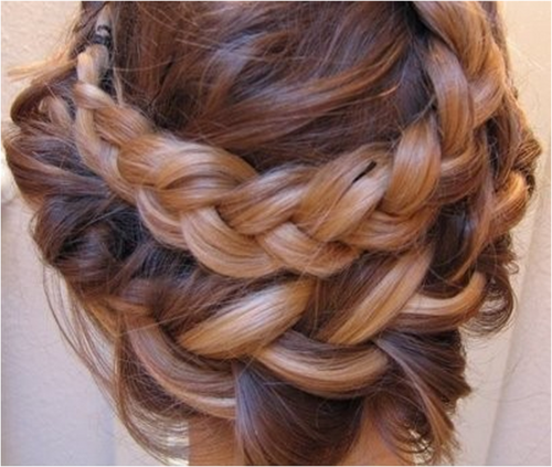 I love this look! Braids are so on trend right now!