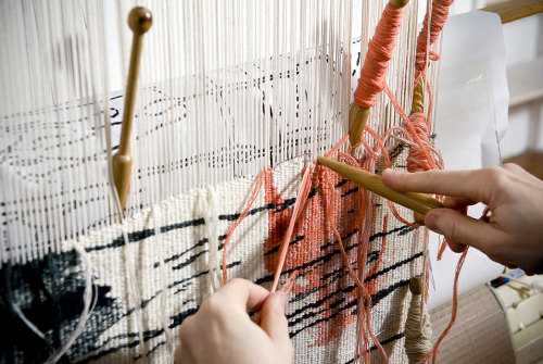 West Dean Tapestry Studio and Tracey Emin collaborate on tapestry for Saatchi Gallery.   This makes me want to get a loom.