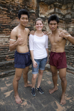 Johanna in Thailand on photo shoot  Thai boxers.