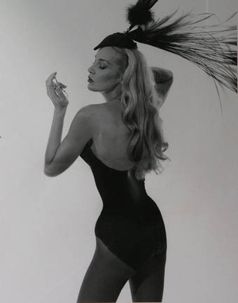 Jerry Hall in Thierry Mugler