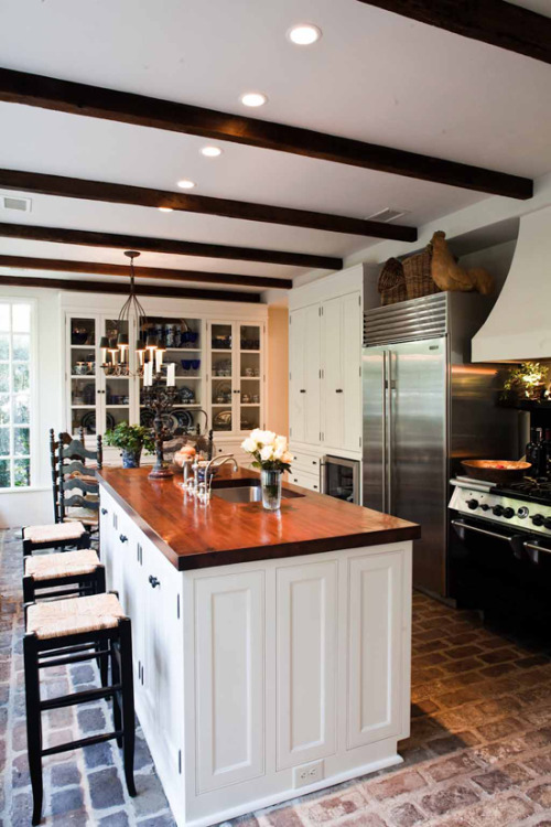 I want this kitchen right now.