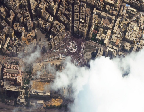 abcworldnews:  View of Tahrir Square from space, captured at 11:18AM local time, courtesy DigitalGlobe.  The latest from ABC News here.
