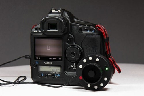 Check out this Follow Focus! Wow! Really neat Engadget!  Also check out the 5D Mark II Team blog  They've been doing some pretty extensive testing on the in's and outs of this product. See link: Video Test 4 - Okii USB Follow Focus Controller The Engadget article says its priced around $400 dollars but currently there is a 50$ off coupon available, check the comments for details!  Anybody else tried this out with their DSLR?
