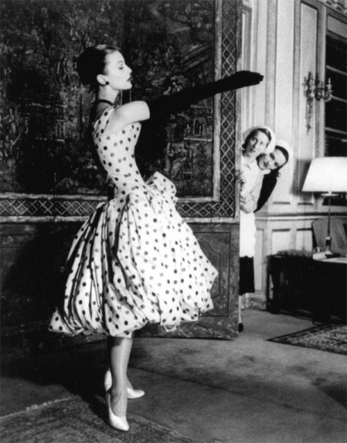 Mary Jane Russell in Dior Dress, Paris 1955 photo by Louise Dahl Wolfe