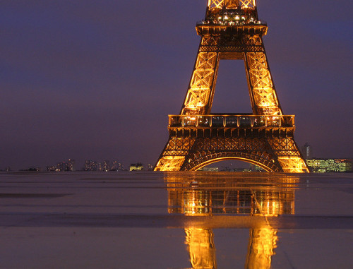 allthingseurope:  Floating Eiffel Tower  (by David Bank)