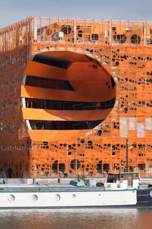 architectureblog:  Ingenious Orthogonal Orange Cube with Innovative Architecture