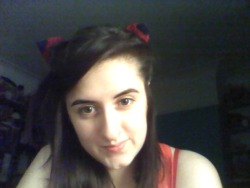 hey look i'm wearing my knitted fox ears again (Y) i do love them ^^